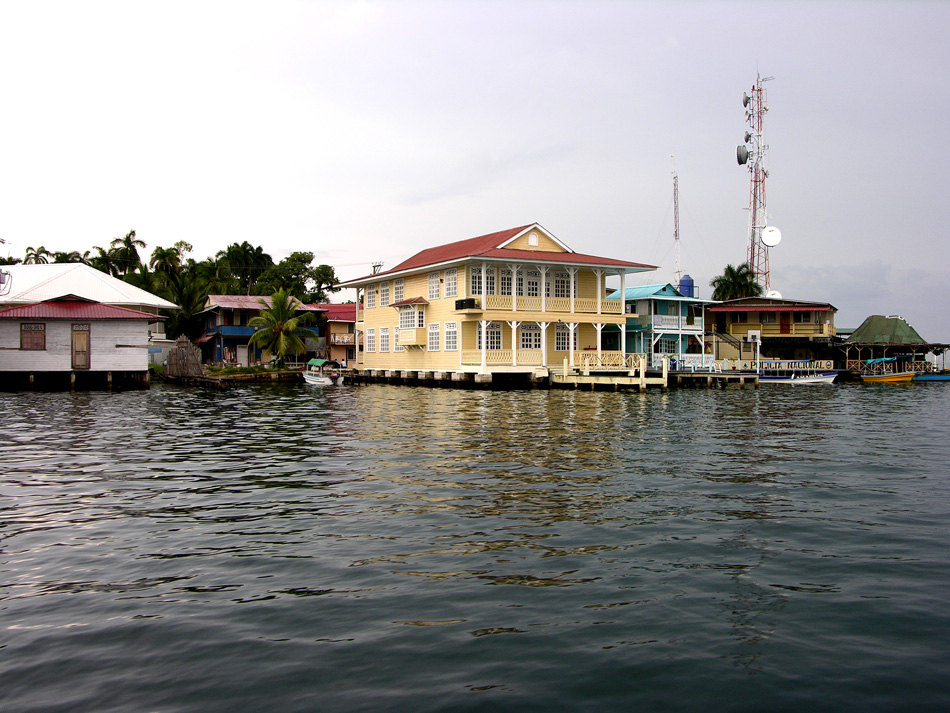 Grand real estate, Bocas del Toro.